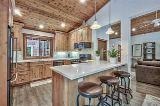 Listing Image 6 for 12425 Skislope Way, Truckee, CA 96161-6620