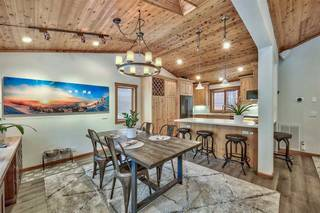 Listing Image 8 for 12425 Skislope Way, Truckee, CA 96161-6620