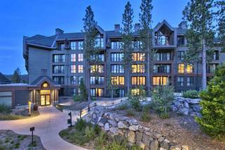 Listing Image 3 for 13051 Ritz Carlton Highlands Ct, Truckee, CA 96161-4236