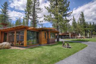 Listing Image 2 for 11121 Henness Road, Truckee, CA 96161-2152