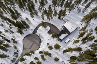 Listing Image 2 for 11724 E Sierra Drive, Truckee, CA 96161