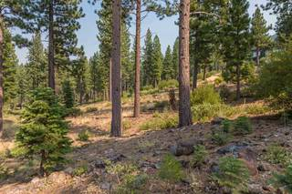 Listing Image 4 for 2412 Newhall Court, Truckee, CA 96161