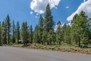 Listing Image 3 for 8225 Lahontan Drive, Truckee, CA 96161-1234