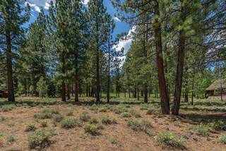 Listing Image 4 for 8225 Lahontan Drive, Truckee, CA 96161-1234