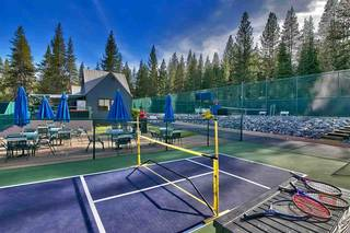 Listing Image 7 for 12640 Zurich Place, Truckee, CA 96161