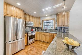 Listing Image 9 for 12037 Bavarian Way, Truckee, CA 96145-0407