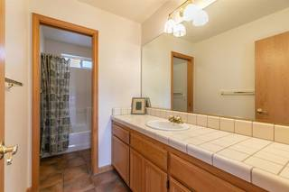 Listing Image 15 for 11940 Bavarian Way, Truckee, CA 96161