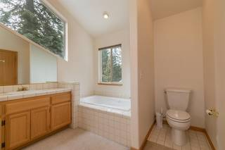 Listing Image 17 for 11940 Bavarian Way, Truckee, CA 96161
