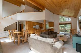 Listing Image 6 for 11940 Bavarian Way, Truckee, CA 96161