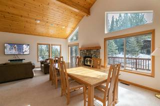 Listing Image 9 for 11940 Bavarian Way, Truckee, CA 96161