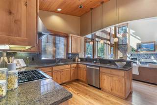 Listing Image 4 for 12478 Lookout Loop, Truckee, CA 96161