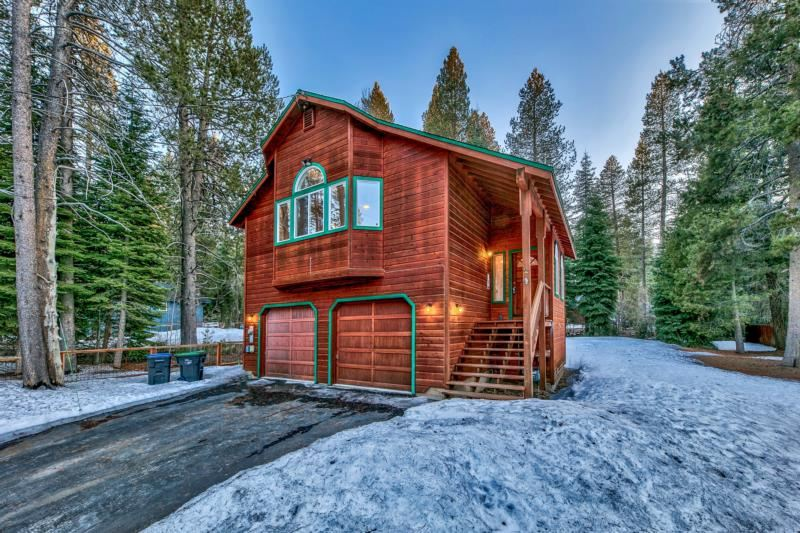Image for 10375 Lenelle Lane, Truckee, CA 96161-2688