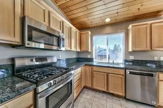 Listing Image 15 for 10038 Wiltshire Lane, Truckee, CA 96161