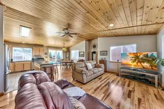 Listing Image 9 for 10038 Wiltshire Lane, Truckee, CA 96161