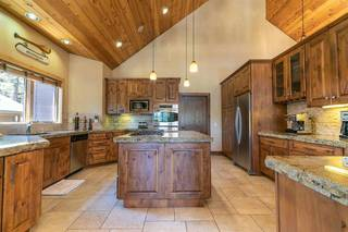 Listing Image 9 for 11963 Lamplighter Way, Truckee, CA 96161