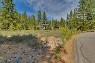 Listing Image 2 for 11670 Bottcher Loop, Truckee, CA 96161
