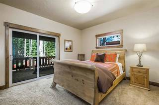 Listing Image 12 for 11818 Chateau Way, Truckee, CA 96161