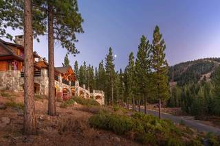 Listing Image 4 for 8207 Fallen Leaf Way, Truckee, CA 96161