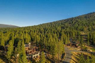 Listing Image 10 for 8207 Fallen Leaf Way, Truckee, CA 96161