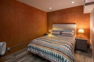 Listing Image 17 for 10986 Bolzano Way, Truckee, CA 96161-0000