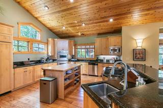 Listing Image 4 for 1755 Grouse Ridge Rd, Truckee, CA 96161