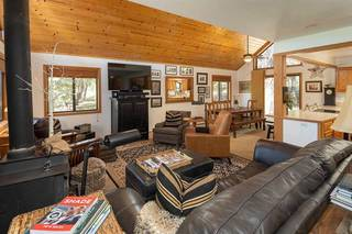 Listing Image 3 for 12305 Lausanne Way, Truckee, CA 96161-6008