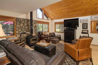 Listing Image 4 for 12305 Lausanne Way, Truckee, CA 96161-6008