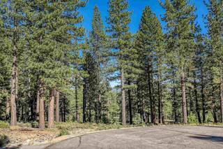Listing Image 3 for 10576 Brickell Court, Truckee, CA 96161