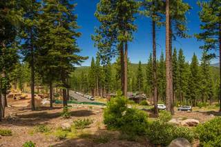 Listing Image 4 for 8124 Fallen Leaf Way, Truckee, CA 96161
