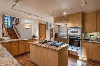 Listing Image 4 for 284 Basque, Truckee, CA 96161-3939