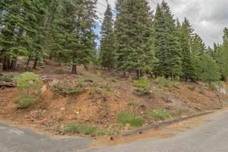 Listing Image 4 for 11554 Saint Bernard Drive, Truckee, CA 96161