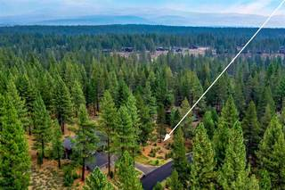 Listing Image 2 for 11801 Bottcher Loop, Truckee, CA 96161-2793