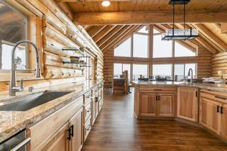 Listing Image 5 for 14412 Skislope Way, Truckee, CA 96161