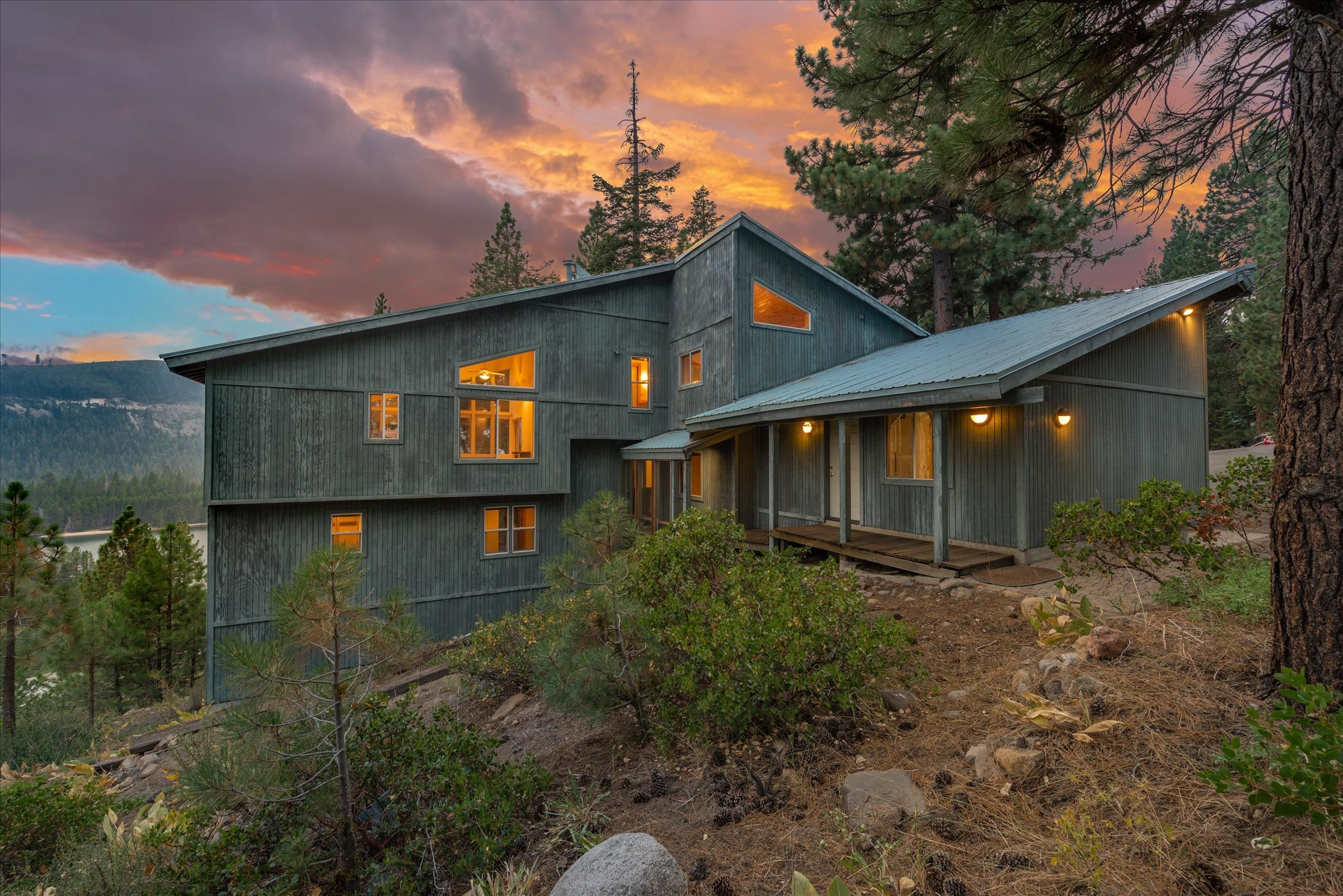 Image for 12821 Sierra Drive, Truckee, CA 96161