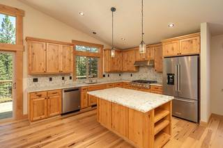 Listing Image 2 for 13626 Pathway Avenue, Truckee, CA 96161