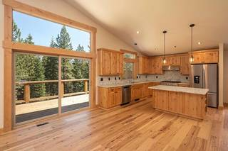 Listing Image 5 for 13626 Pathway Avenue, Truckee, CA 96161