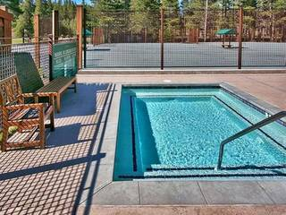 Listing Image 10 for 255 Laura Knight, Truckee, CA 96161