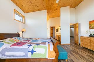 Listing Image 11 for 14395 Skislope Way, Truckee, CA 96161
