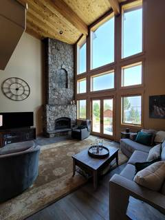 Listing Image 3 for 14019 Skislope Way, Truckee, CA 96161
