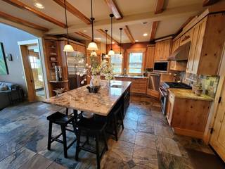 Listing Image 9 for 14019 Skislope Way, Truckee, CA 96161