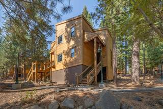 Listing Image 2 for 5020 Gold Bend, Truckee, CA 96161-0000