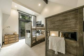 Listing Image 19 for 973 Lakeview Avenue, South Lake Tahoe, CA 96150-0000