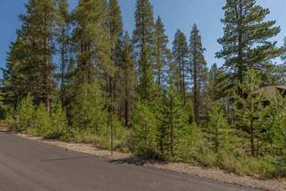 Listing Image 12 for 11861 Bottcher Loop, Truckee, CA 96161