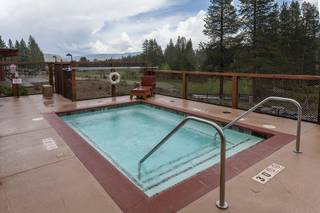 Listing Image 17 for 11861 Bottcher Loop, Truckee, CA 96161